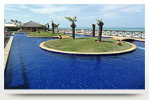 condominium swimmingpool